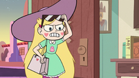 S2E40 Star Butterfly demands that Ruberiot leaves
