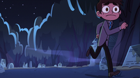 S2E27 Marco Diaz running to save Star Butterfly
