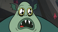 S2E12 Buff Frog wide-eyed at seeing corn