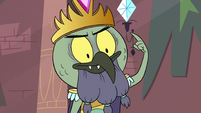 S3E7 King Ludo pointing at his crown