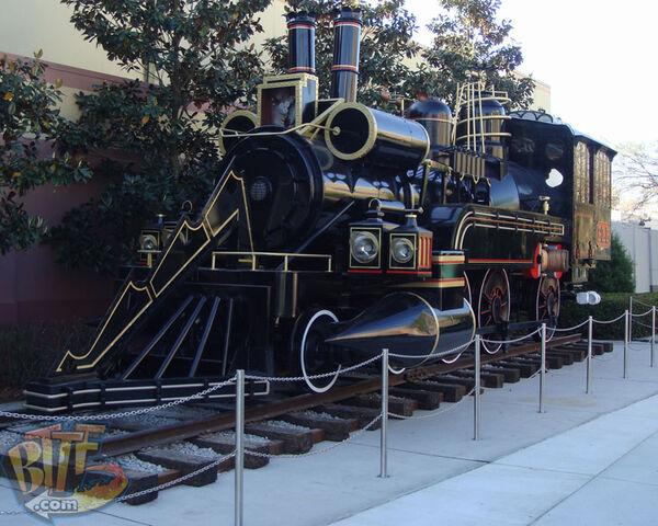 File:Bttf3-train-usf-2008-03.jpg