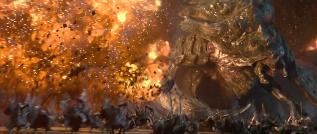 File:UltraliskZergling SC2-HotS Cine1.jpg