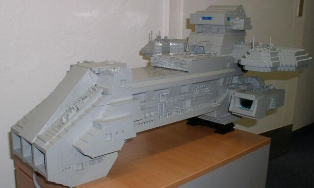 File:Prometheus (Lego model by Ralph Menzel) preview.jpg