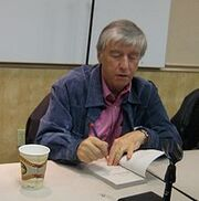 220px-Jerry Spinelli (signing a book)