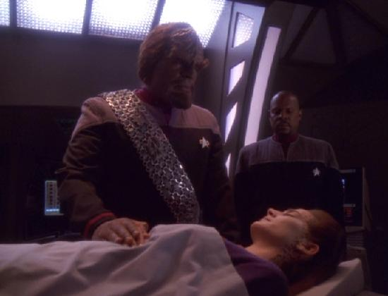 File:Jadzia death.jpg