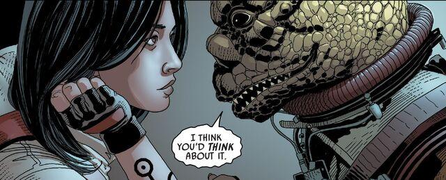 File:Bossk threatens Aphra.jpg