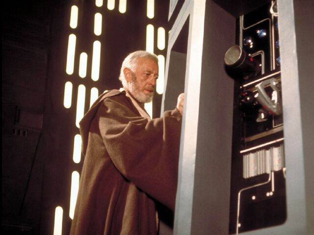 File:ObiWan-tractorbeam.jpg