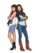 Victorious-Cast-Phootshoot-victorious-12772567-1694-2560