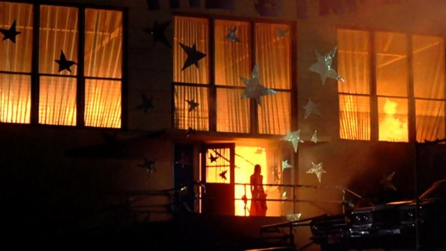 File:Carrie 1976 film prom in flames.jpg