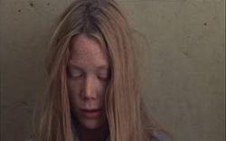 File:250px-Carrie 1976 1.jpg