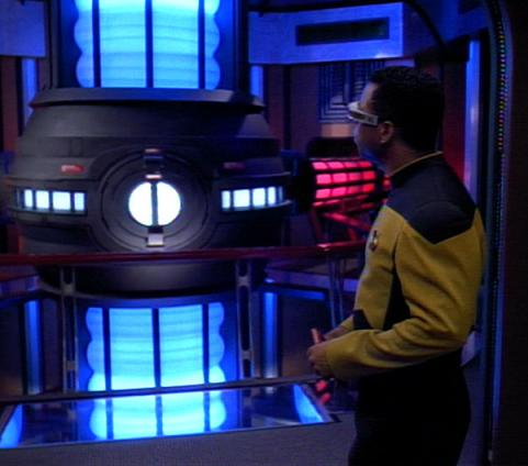File:Warp core, Enterprise-D.jpg