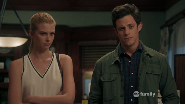 File:Stitchers1.03-461.jpg