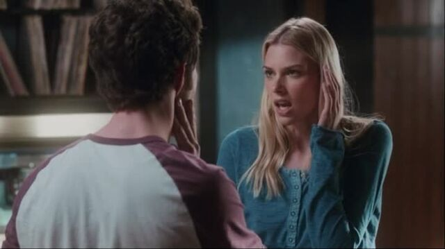 File:Stitchers1.01-00322.jpg