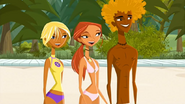 S1 E7 Fin, Emma and Broseph watch Reef surf