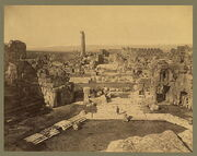 Baalbek. General view 04956r.jpg