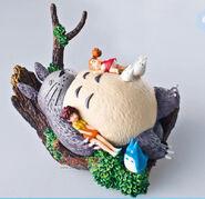 Totoro and Satsuki & Mei