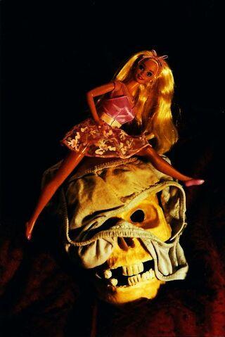 File:Binky barbie minnie.jpg