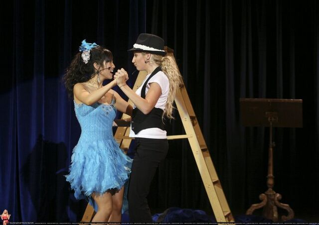 File:Maddie and London dancing Bop to the Top.jpg