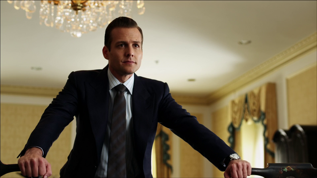 File:S01E01P30 Harvey.png
