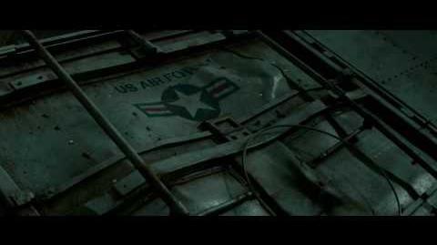 'Super 8' Official Trailer HD