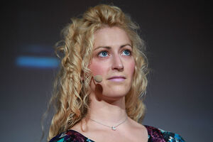 800px-Jane McGonigal Meet the Media Guru 1