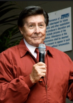 File:Johnny Gilbert-002.png