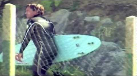 TOM CURREN surfing a Hydroflex