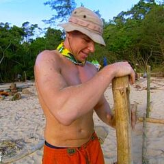 Joel building the shelter on Pagong.
