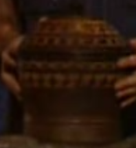 File:Survivor fiji urn.png