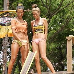 Brenda and Purple Kelly at the Immunity Challenge.