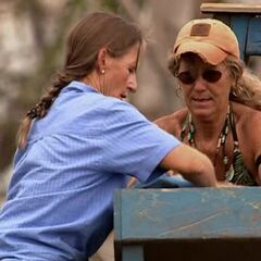 Scout and Annie compete for Immunity, <a href=