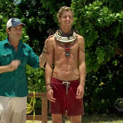 Carter wins his second individual immunity.