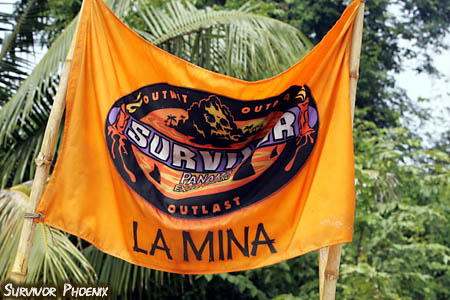 File:S12 La Mina Tribe Flag 02.jpg