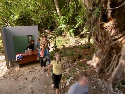 File:Survivor.Vanuatu.s09e11.Surprise.and.Surprise.Again.DVDrip 189.jpg