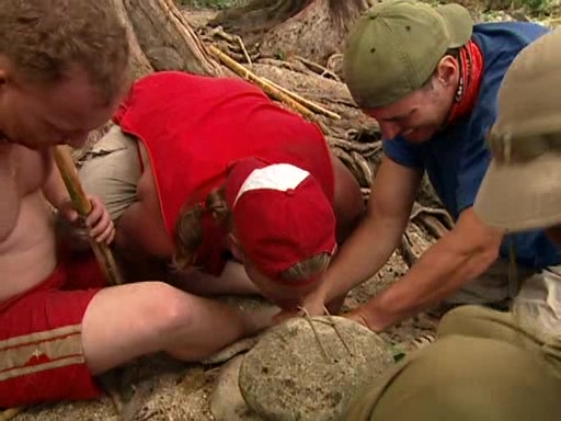 File:Survivor.Vanuatu.s09e02.Burly.Girls,.Bowheads,.Young.Studs,.and.the.Old.Bunch.DVDrip 062.jpg
