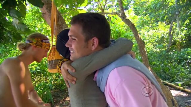 File:Survivor.s27e01.hdtv.x264-2hd 0698.jpg