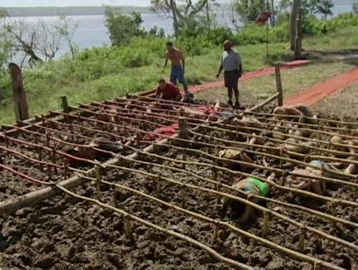 File:Survivor.Vanuatu.s09e01.They.Came.at.Us.With.Spears.DVDrip 340.jpg