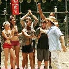 Fei Long wins immunity.