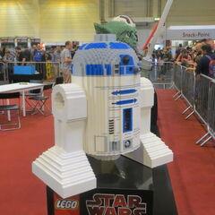 LEGO R2-D2.