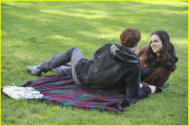 File:Emmett Bay picnic2.jpg