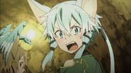 Sinon threatening Kirito for pulling her tail