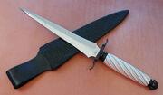 Dagger large01