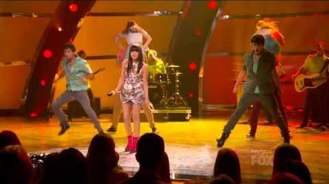 Carly Rae Jepsen Performance