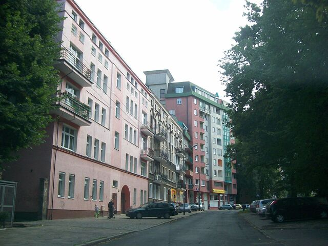 Plik:Ulica Unisławy, Szczecin (2).JPG