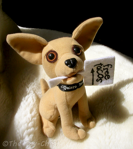 File:Taco bell chihuahua with sign by the toy chest-d3azdgo.png
