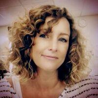 Abigail Graves - Makeup Artist - Twitter