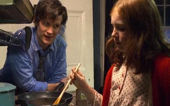 File:Amelia stirring beans.jpg