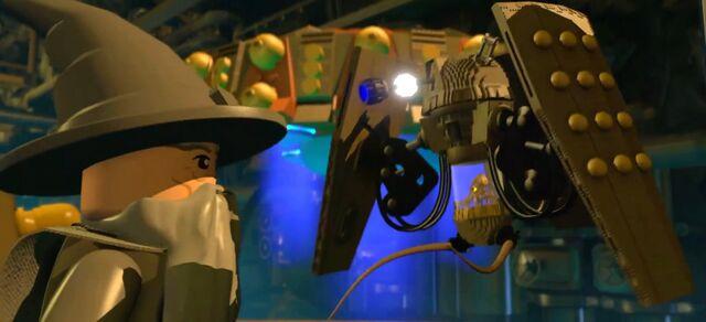 File:Gandolf and shrunken Dalek Emporer.jpg