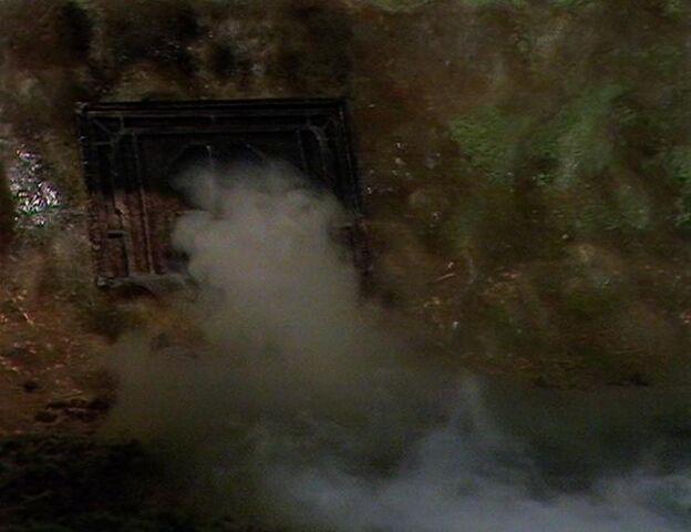 File:Fumigation.jpg