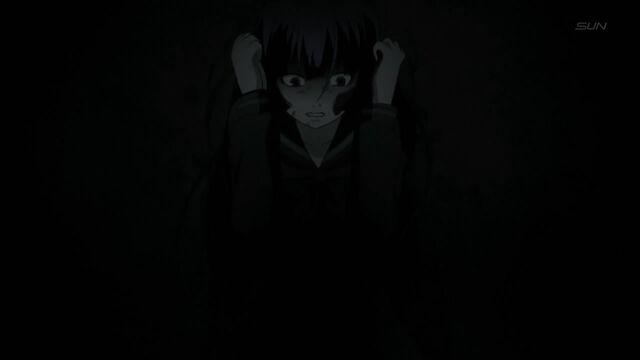 File:Yuuko scared hold head.jpg
